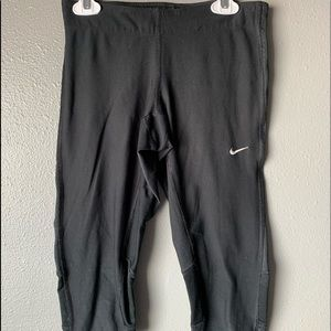 Nike Crop Athletic Leggings